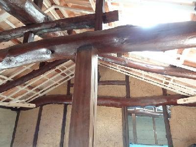 さらには天井下地も組んで・・・