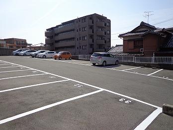 駐車場白線引き工事 名古屋市名東区