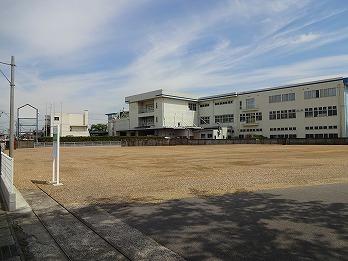 駐車場砕石敷き工事 大口町