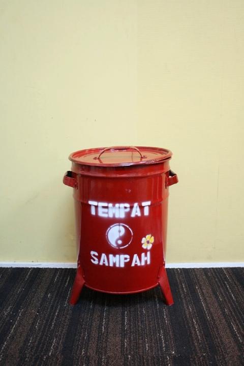 ドラム缶ゴミ箱/ダストボックス赤(小)