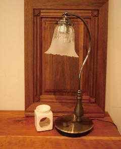 40W調光式テーブルランプ(フレア01)