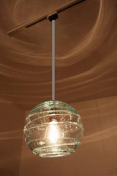 ガラス・ペンダントランプシェード(吊り下げ照明)クリア 小 引掛けシーリングソケットコード付き