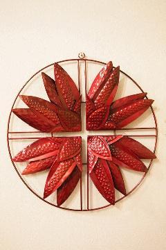 アイアン ウォールデコ(壁掛け飾り・アート)赤花びら
