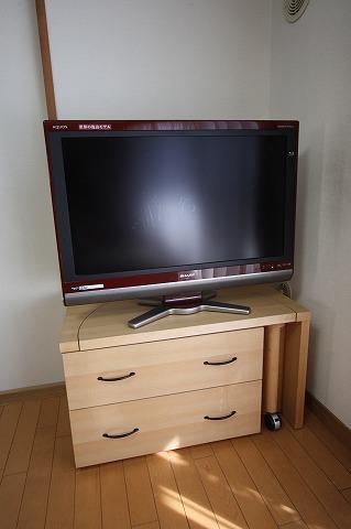 メイプル材回るTVボード