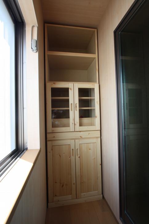 パイン材納戸用収納家具