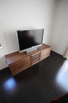 Y様 TVボード