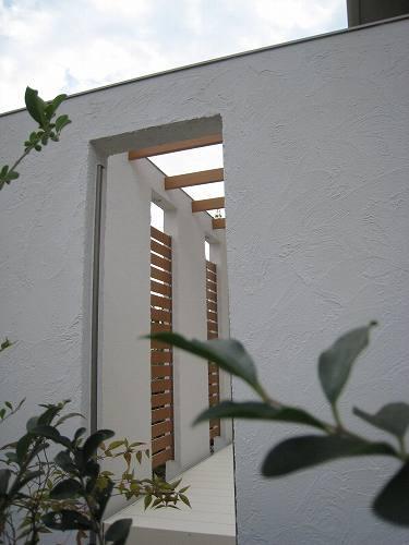 スカイエールの白壁