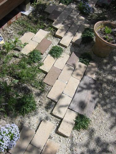 お庭の中の癒しの空間!