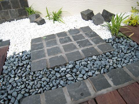 ガーデンマテリアル