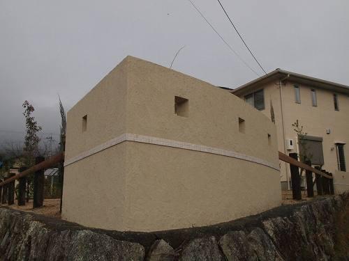 塗り壁とウッドフェンス