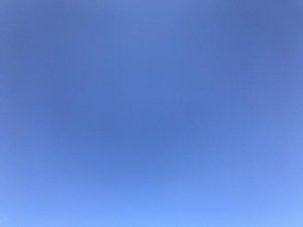 雲一つない空
