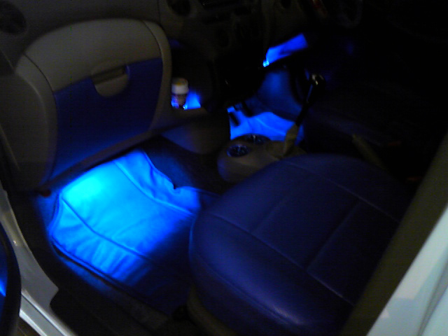 プラッツ、LED間接照明取付例