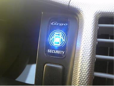 ハイエースのセキュリティ再施工