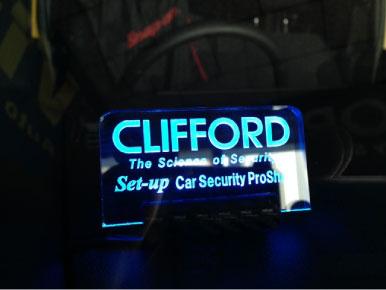 ウェイクのCLIFFORD施工例