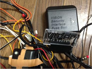 マークXのVIPER5906V取り付け例