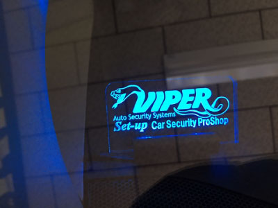 ヴェルファイアのVIPER取り付け例