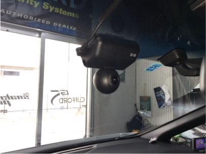 アルファードのドライブレコーダー取り付け例