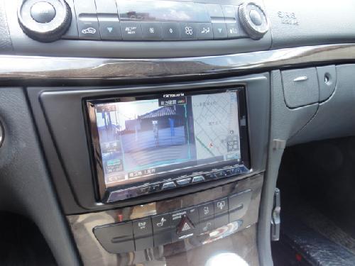 W211 メルセデスベンツ ナビ
