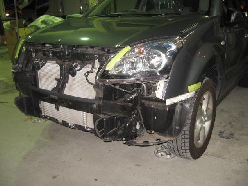 ルノー コレオス バックドア、リヤフェンダー イタズラ傷 千葉県松戸市板金塗装修理ならタキザワ自動車