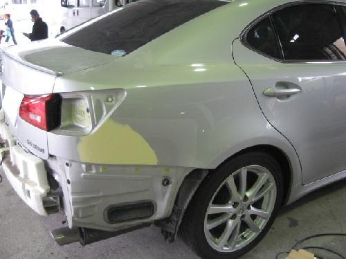 レクサスIS250350リヤフェンダーキズヘコミ板金塗装修理ディーラー指定工場RX270350SC430LS460600HLGS350450