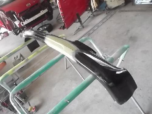 トヨタ アルファード ヴェルファイアー エスティマ 社外エアロフロントリップスポイラー割れ亀裂 FRP 修理塗装