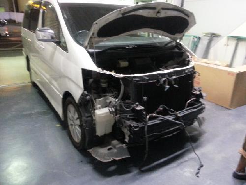 トヨタ1015アルファード前期中期後期仕様後期フェイス移植ヤフオク部品持ち込み歓迎千葉県松戸市板金塗装専門タキザワ自動車ディーラー指定工場