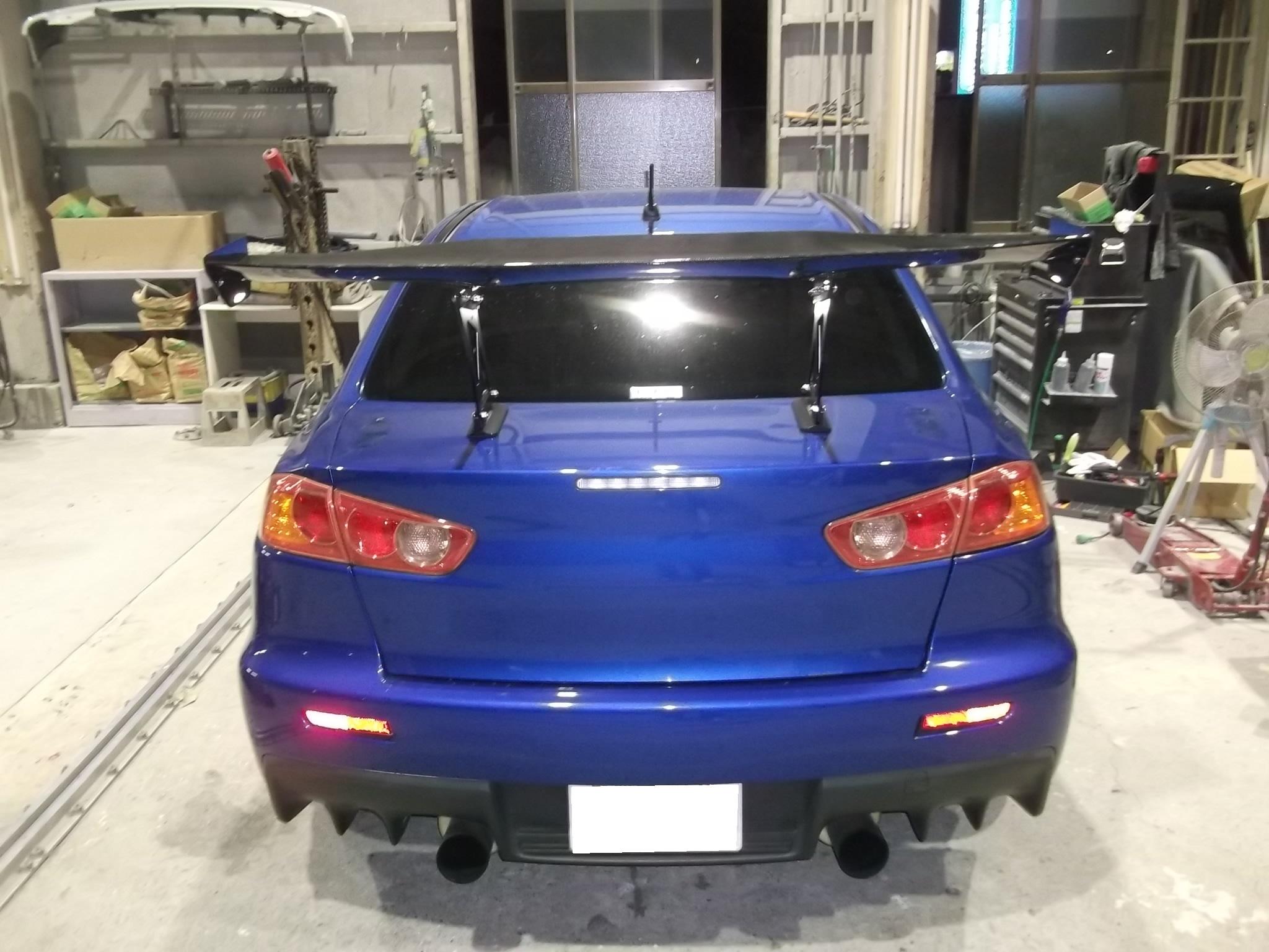 ランサーレボリューション GTウイング取り付け クリア塗装