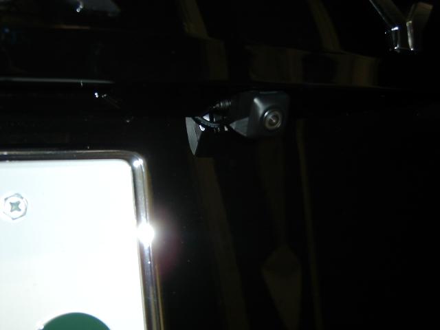 ND-BC7・バックカメラ埋め込み取り付け