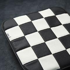 シングルシート・チェッカー白黒