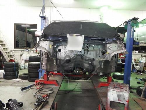 トヨタ フィット 修理