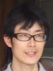 スタッフ 井本 剛士