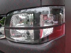 ESTIRO 200系ハイエース �V型 ヘッドライトセンターアイライン 未塗装