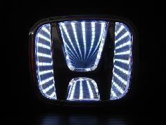 HONDA汎用 3D LED エンブレム《ホワイト》