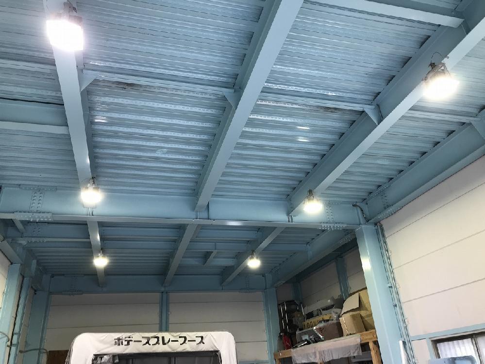 板金工場にもLED照明が入りました。効率も技術もアップ