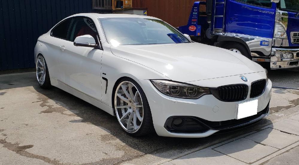 BMW 4シリーズ ワンオフマフラー