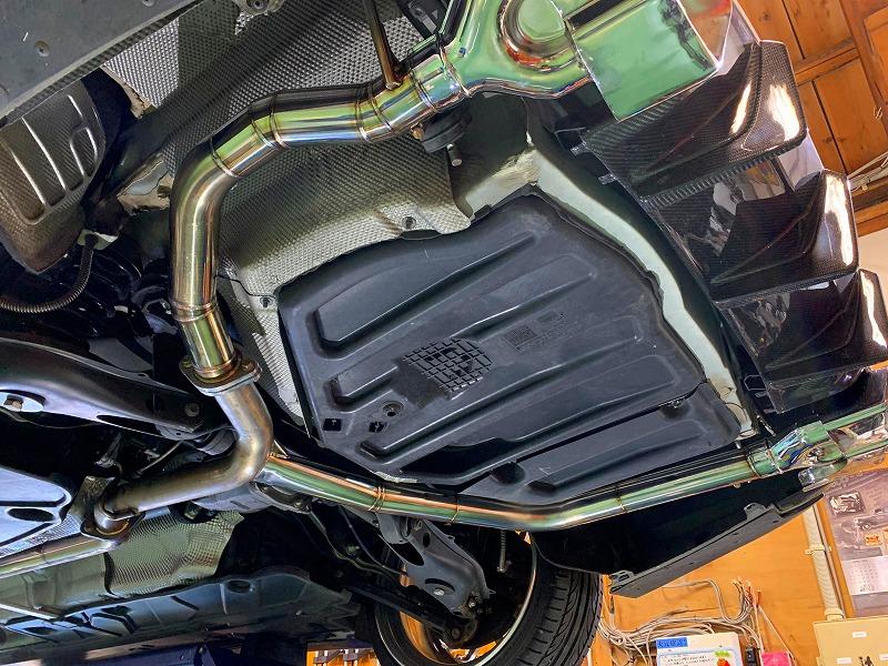 メルセデスベンツ W204クーペ ワンオフマフラー