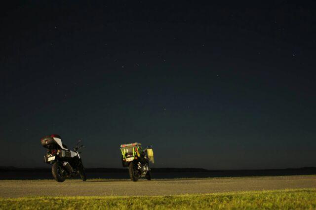 夜のクッチャロ湖