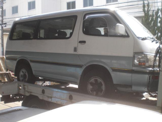 トヨタ KZH106W ハイエース