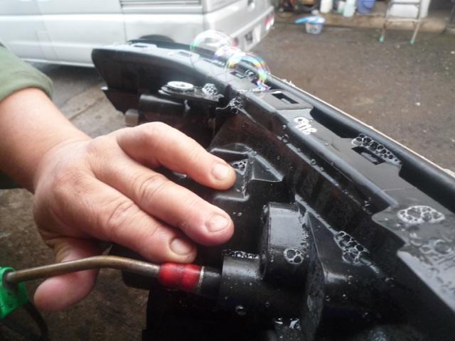 パンク修理の要領で状態を確認。