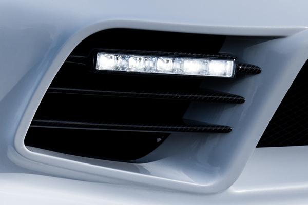 RX-8後期 ZENITH LINEフロントバンパー用ダクトフィン(Carbon)