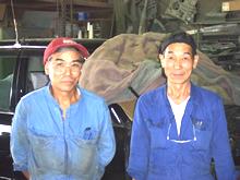 広島の山本鈑金の技術と経験を兼ね備えた職人スタッフ
