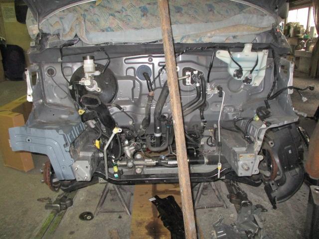 タイヤハウスのカット部分の調整