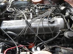 L型6気筒エンジン