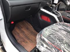 トヨタプロボックス専用フロアマット《ダークブラウン》(前席&後席)