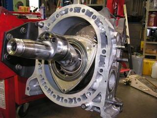 13Bロータリーエンジンもオーバーホール