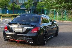 C-Class W205用 s.d.f star design factory社製 FRP Paint Rear diffuser