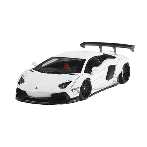 1/18 AUTO Art LB-WORKS AVENTADOR White