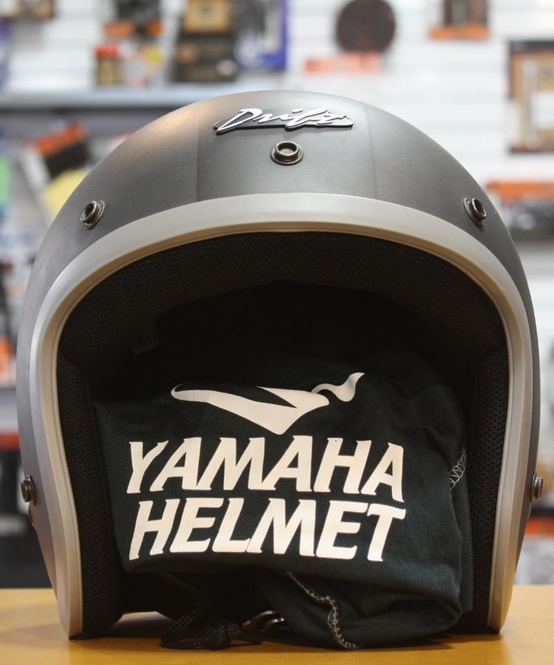 YAMAHA HELMET(2)