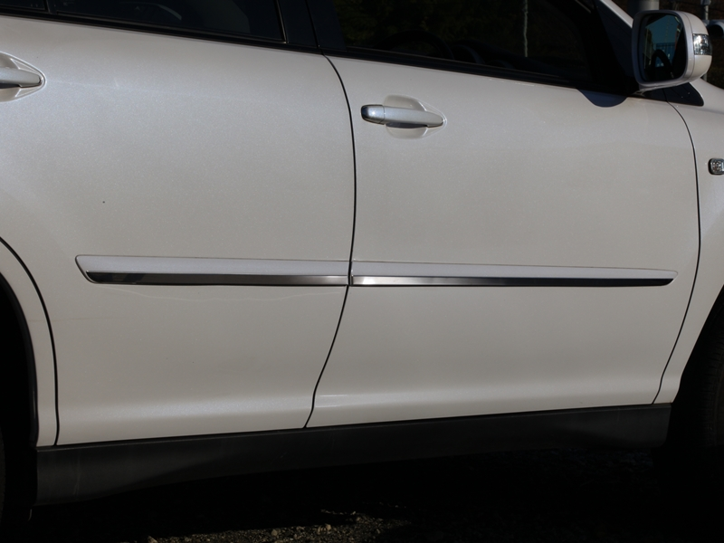 SIDE MOLDING ACCENT