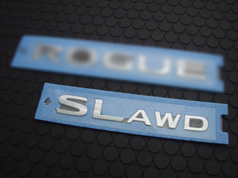 SL AWD REAR EMBLEM